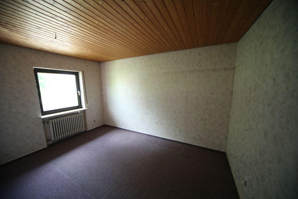 haus 4 kind1 bild 1 sanieren in regensburg bossmann gmbh. Black Bedroom Furniture Sets. Home Design Ideas